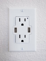 usb_wall_outlet.png